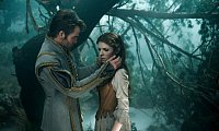 Prince Charming (Chris Pine) gefällt Cinderella (Anna Kendrick) letztlich doch nicht so gut. − Foto: 2014 Disney Enterprises , Inc. All Rights Reserved.